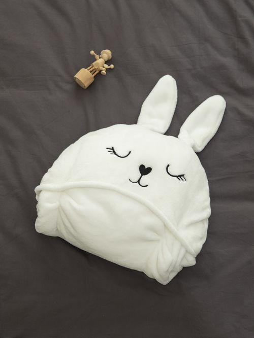 שמיכי ארנב לבן
